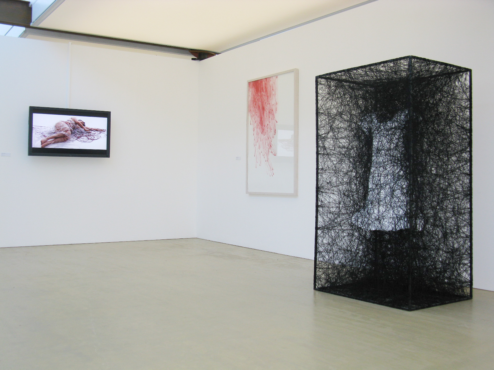 Kunstwerk - Sammlung Klein - Nussdorf - Museum - Kunst - Art - Baden-Württemberg - Chiharu Shiota - Installationshot