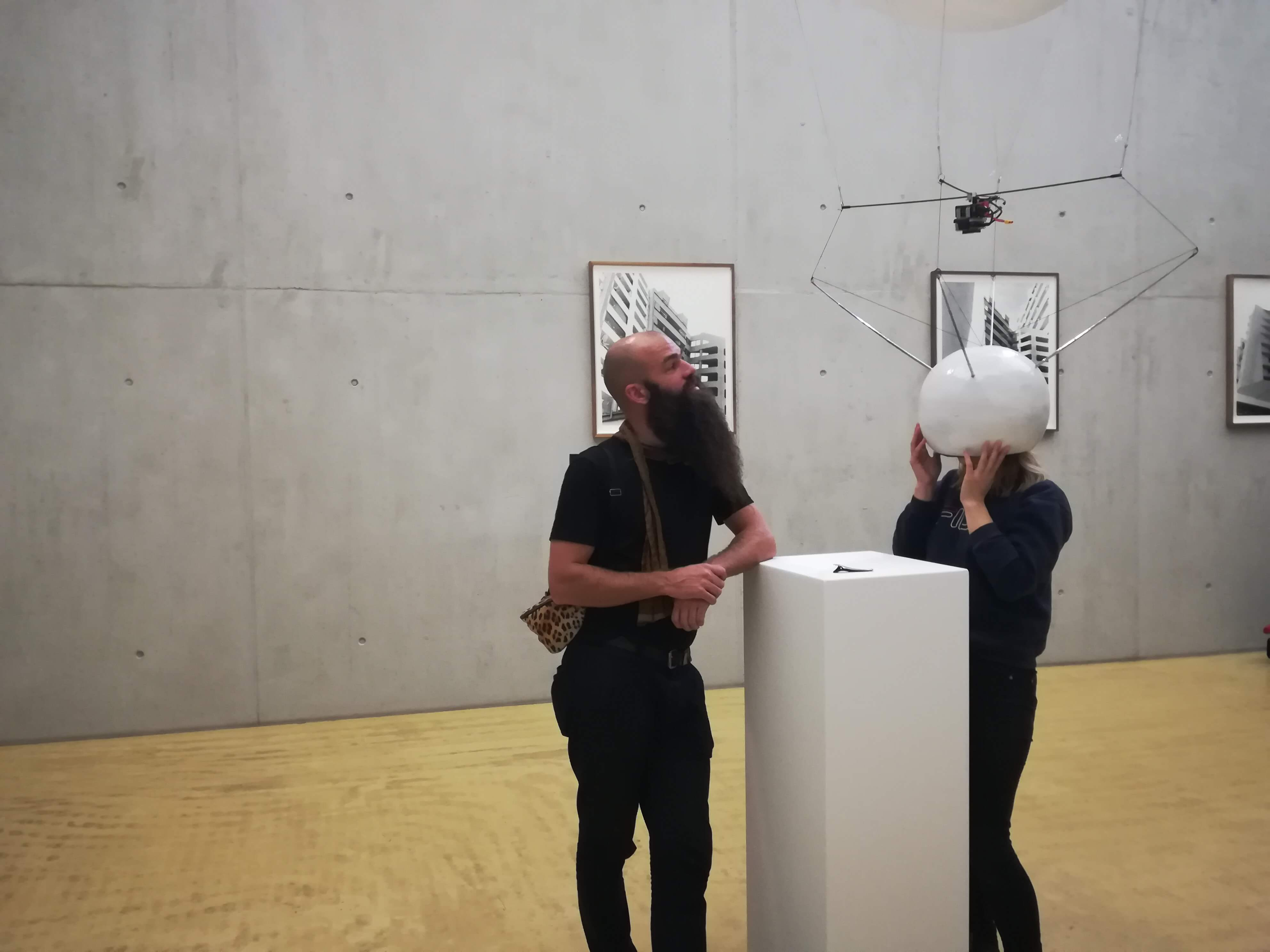 Kunstwerk - Sammlung Klein - Nussdorf - Museum - Kunst - Art - Baden-Württemberg - Hängung #18 - Räumlichkeiten - Julius von Bismarck - Top Shot Helmet